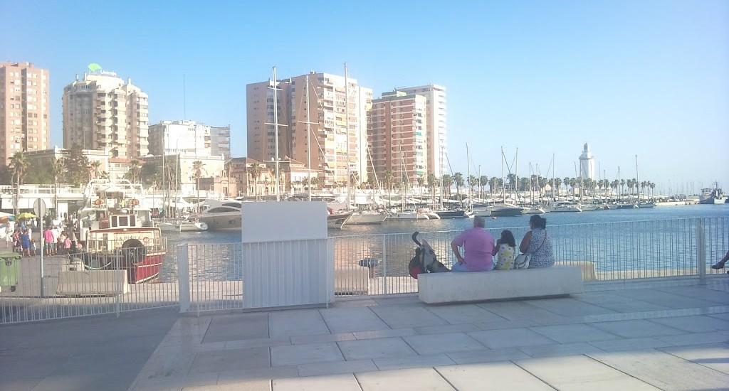 Puerto de Málaga - Hafenpromenade