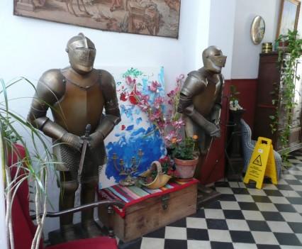 Patio 19, Málaga - Wächter