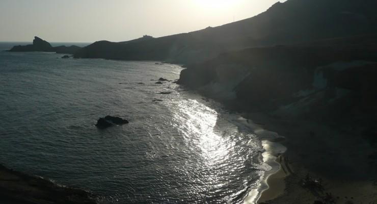 Parque Natural Cabo de Gata, Spanien - Cala Rajá Strand Sonnenuntergang